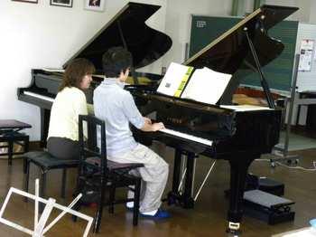 Pianoacademy006