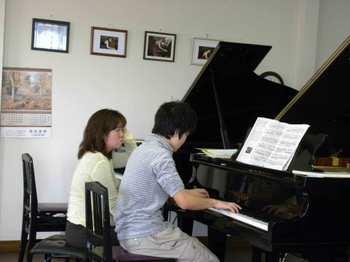 Pianoacademy007